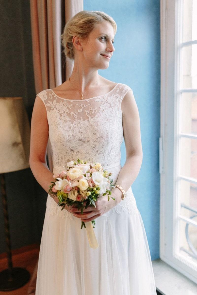 Großartig Zweites Mal Um Hochzeitskleid Fotos - Hochzeit Kleid Stile ...